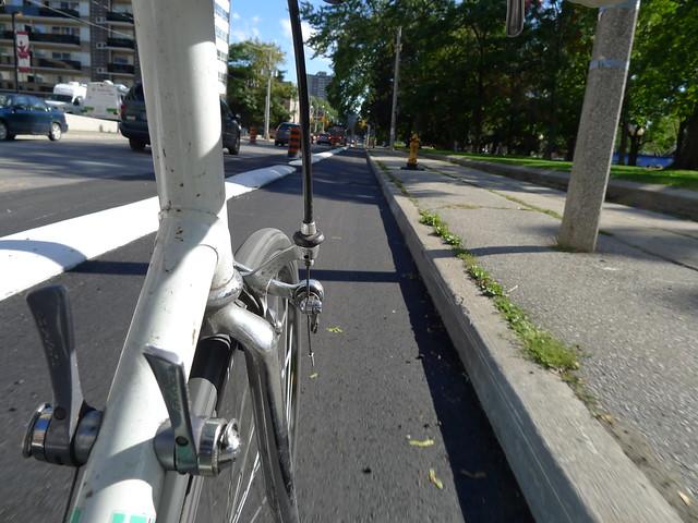 Sat, 09/22/2012 - 14:58 - P1060542 Sherbourne 'Separated' Bike Lane