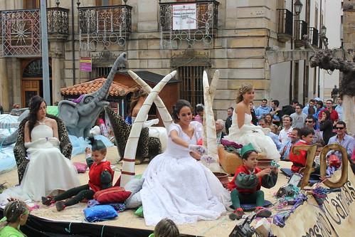 Las damas de homor y la Reina de las fiestas de San Mateo en Reinosa 2012