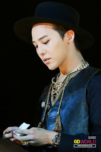 G-Dragon GDYBRI Harbin FM HQs 2015-03-21 by GDWorld 011