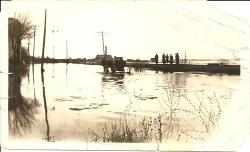 1920s horses mills floods