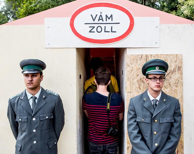 Anal frisking for free. Wijnand Speelman is als Szigetmaagd afgereisd naar ...