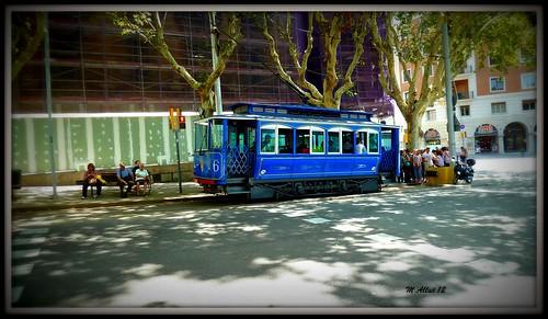 Tranvía by Miguel Allué Aguilar