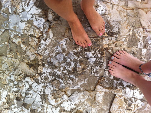 feet in Santa Cruz