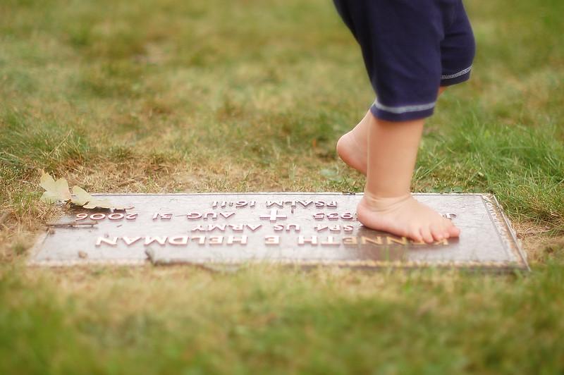 grave stone39