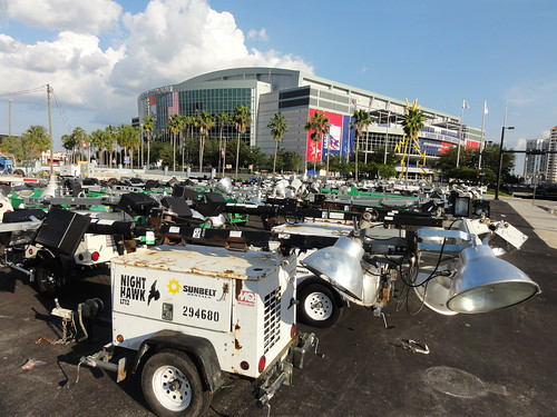 Removing lights from Tampa Bay Times Forum