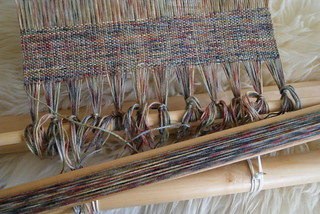 kromski_weaving_2