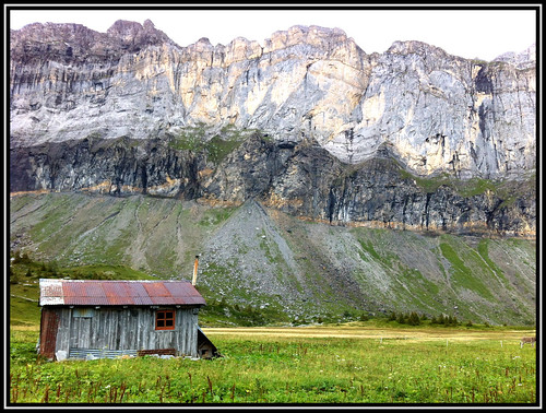 An old hut at the Alfred Wills Refuge