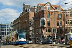 Tram dans la rue Raadhuisstraat