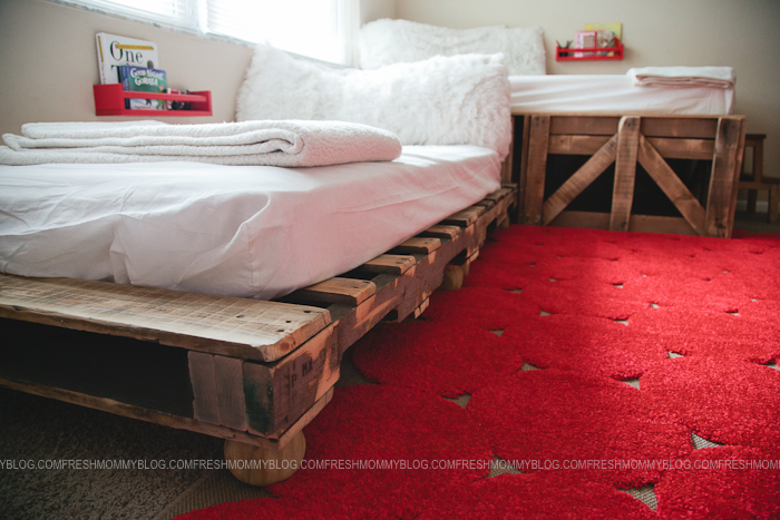 Pallet Bed #PROJECTdecor blog-11