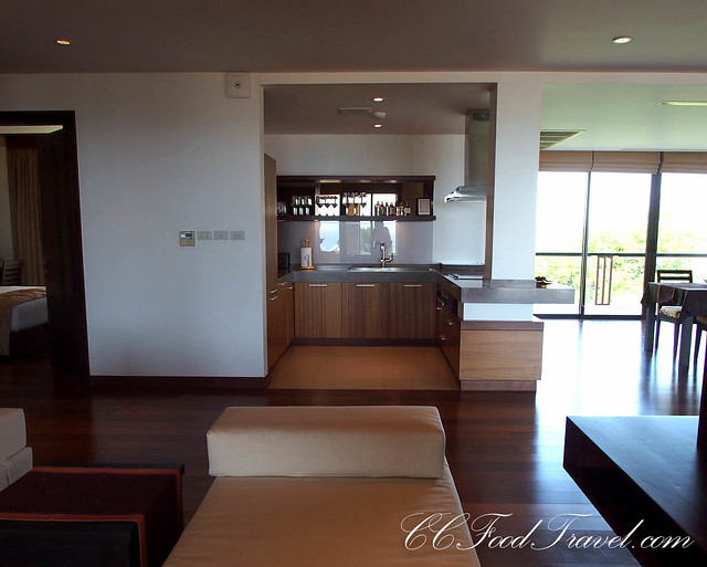 Seaview Jacuzzi Penthouse-3 Bedrooms Kitchen