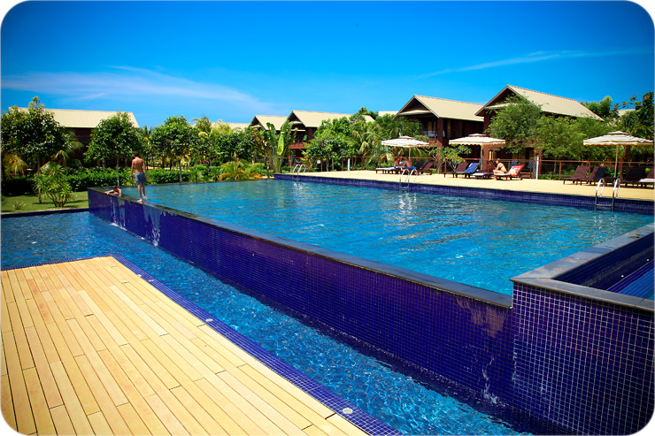 Ri-Yaz Pool