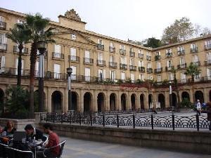 Conciertos, kalejiras, gastronomía y un 'Basque Corner'  animarán las calles del Casco Viejo en el Mundial de Basket