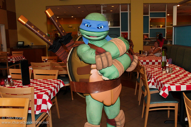 Antonio's Pizza-Rama Dinner with the Teenage Mutant Ninja Turtles!