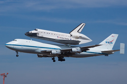 NASA Boeing 747-100(SCA) N905NA and Rockwell Space Shuttle OV-105 Endeavour