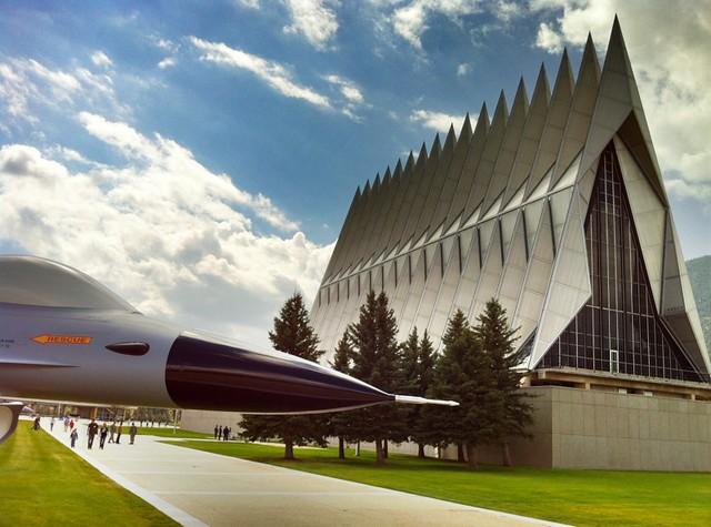 Capilla de Cadetes de la Academia de Fuerza Aérea de los Estados Unidos, Colorado Springs