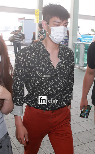 BIGBANG Incheon Airport to Shanghai Press 2015-06-19 086