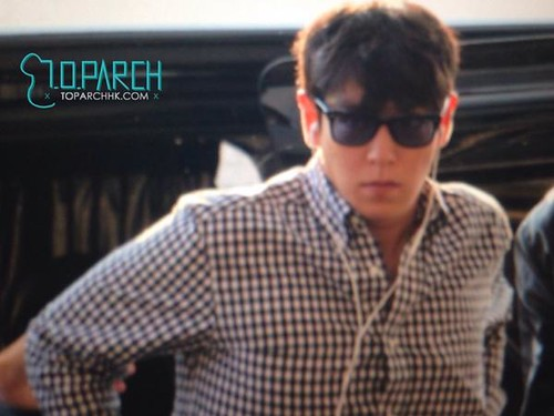 top-leaving-hk-(5)