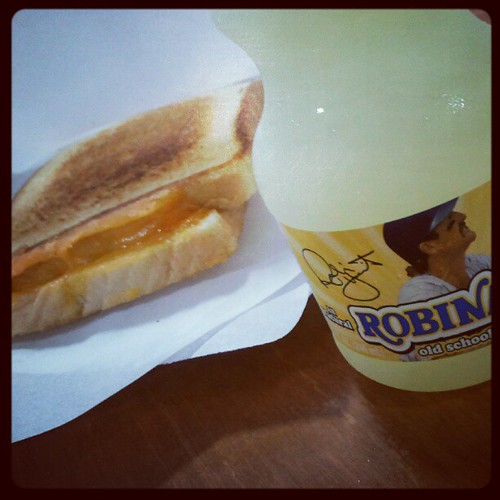 Breakfast at #wistatefair: Grilled cheese + Robinade.