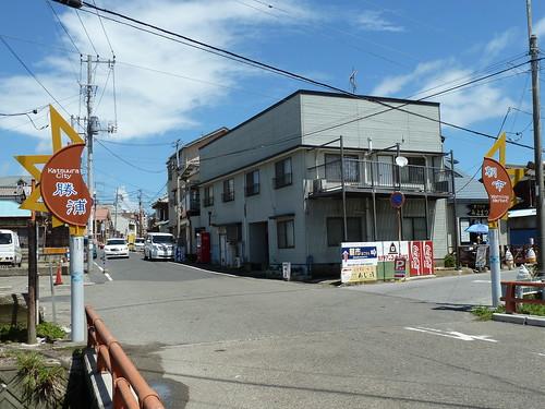 勝浦朝市が行われている付近では美味しい店もたくさん。