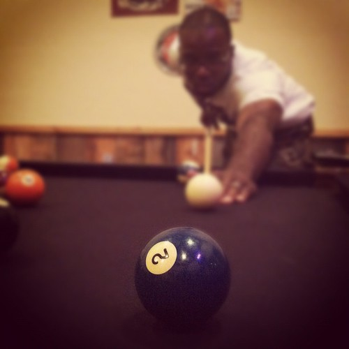 Game of pool with the hubby @mr_8107 #hickscabintrip12