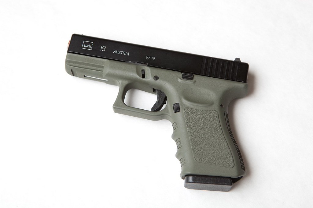 Spray painted Glock - Calguns.net