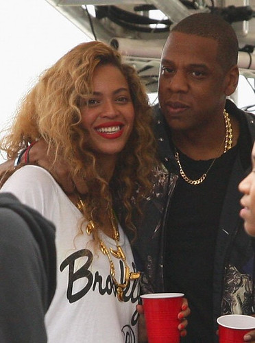 Beyonce Reps Brooklyn Nets Clothing Line With Jay-Z