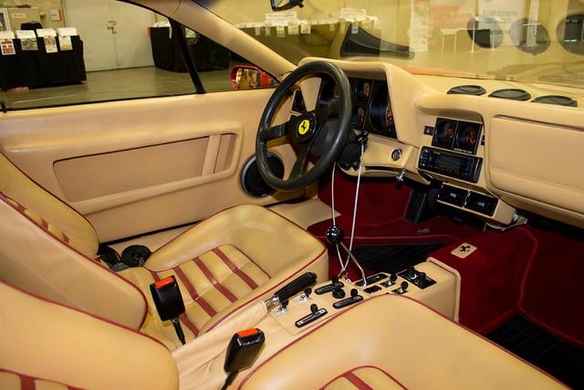 Ferrari 1983 Dash