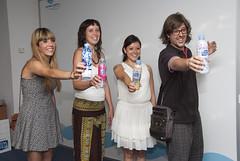 Carles Gómez, amb la resta de guanyadors del concurs de disseny de Font Vella. Foto: Font Vella.
