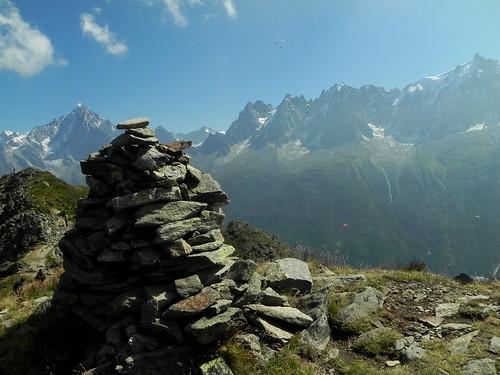 Cairn Tête de Bel Lachat (2276m)