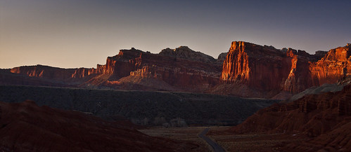 sunset utah cliffs explore southernutah torrey eveninglight capitolreefnationalpark fruita