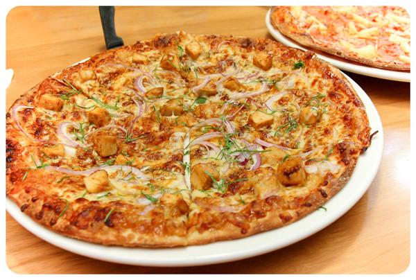 California-Barbeque-Chicken-Pizza