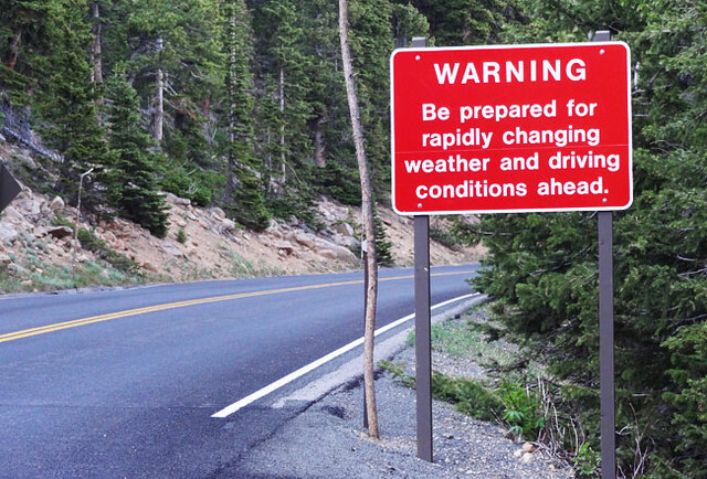 rockies-warning-sign