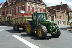 France 2012 – John Deere 6910 tractor