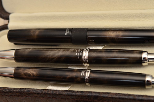 Pilot Vanishing Point Capless 2012 Limited Edition