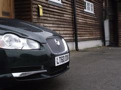 wheel(0.0), automobile(1.0), automotive exterior(1.0), executive car(1.0), vehicle(1.0), automotive design(1.0), jaguar xf(1.0), land vehicle(1.0), luxury vehicle(1.0),