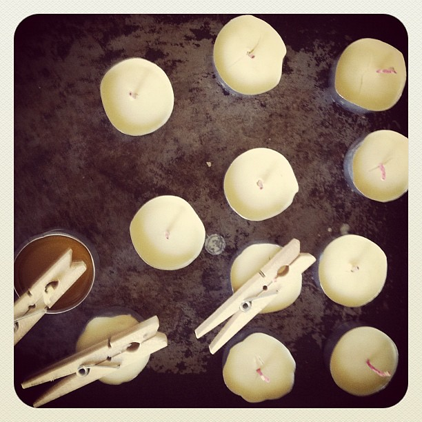 Ran out of tea light candles so I made my own. #beeswax #selfsufficient
