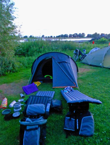 Camping along the Rhine