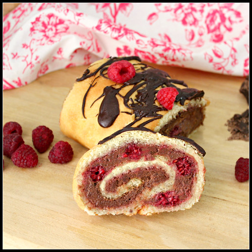 Chocolate-Raspberry Roulade 2