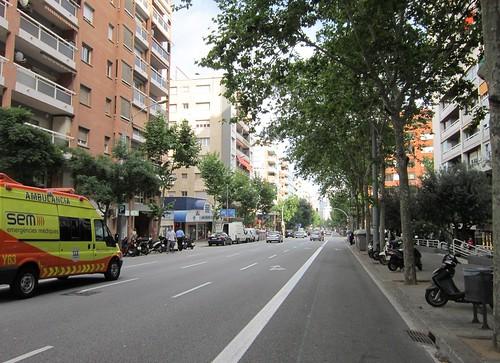 バルセロナの新市街の通り 2012年6月7日18:21 by Poran111