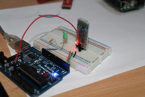 Simple experiment with bluetooth and arduino