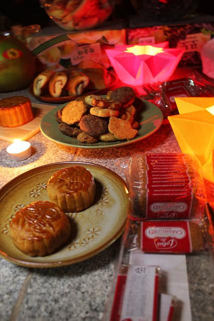 Tai Chong Kok Mooncakes and Lotus Biscuits