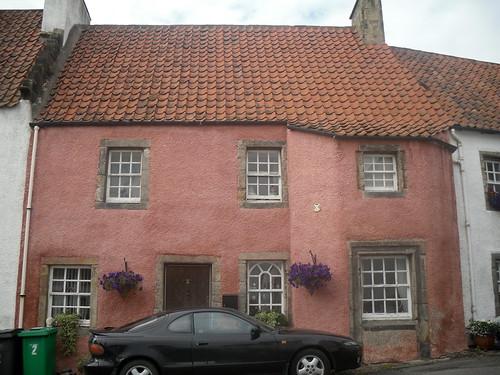 pink house in Culross, Fife
