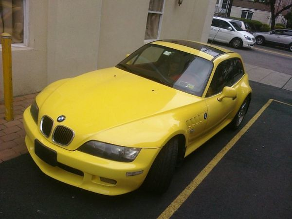 2001 Z3 Coupe | Dakar Yellow | Dream Red