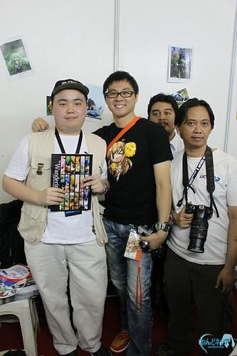 Danny Choo (black shirt) with Nendonesia admins