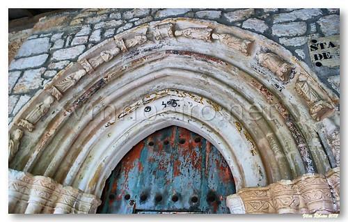 Arquivoltas do portal da Ermida Santa María de la Hoz by VRfoto