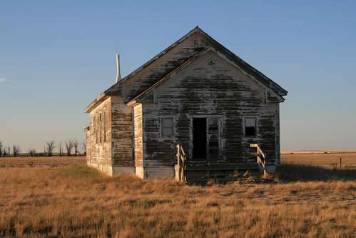 (106)  schoolhouse_W of Hemingford_NE_Aug-19-2012