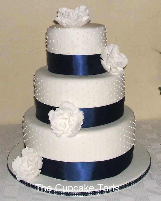 navy and white wedding cakes navy and white wedding cake a photo on flickriver 17744