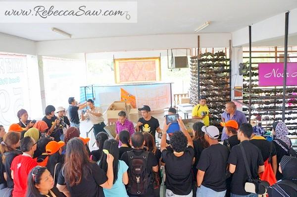 malaysia tourism hunt 2012 - terengganu nor arfa batik-002