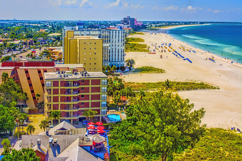 stpetersburg tampabay skyline city urban cityscape beach downtown highrise building architecture sunshinestate florida usa pinellascounty
