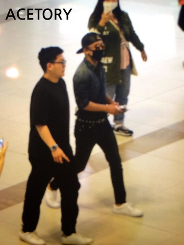 Big Bang - Gimpo Airport - 05jun2015 - Seung Ri - Acetory - 04